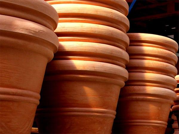 Vasi grandi in terracotta da esterno vasi terracotta for Vasi terracotta prezzi